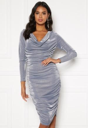 Snygg silver glittrig klänning från BUBBLEROOM.