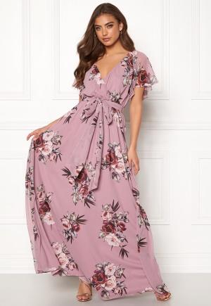 Riktigt snygg lila maxiklänning från Goddiva.