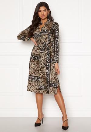Cool brun festklänning.