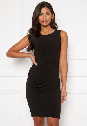 Snygg svart stretchig klänning i stretch.