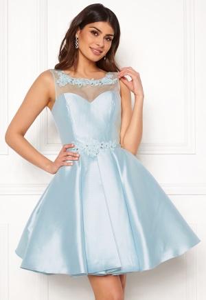 Blommig kort klänning med dragkedja från SUSANNA RIVIERI.