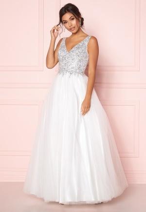 Moderiktig vit klänning med dragkedja från SUSANNA RIVIERI med dragkedja.