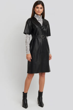NA-KD Trend V-Front Buckle Belt PU Dress - Black