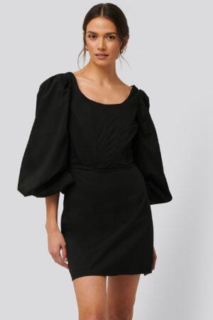 Glamorous Långärmad Miniklänning Med Korsettdetalj - Black