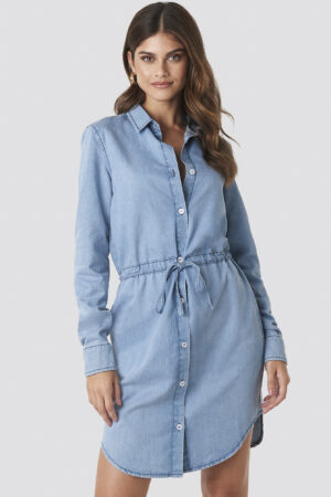 Hannalicious x NA-KD Tied Waist Denim Shirt Dress - Blue