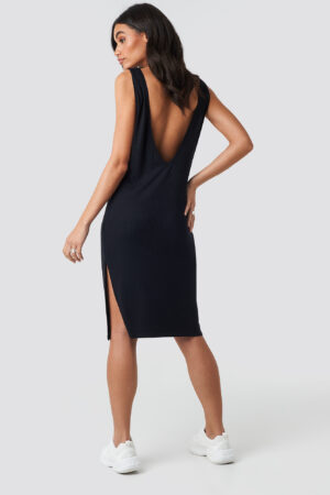 Hoss x NA-KD Deep V Back Relaxed Dress - Black