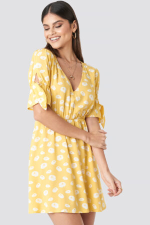 Milena Karl x NA-KD Printed Mini Dress - Yellow