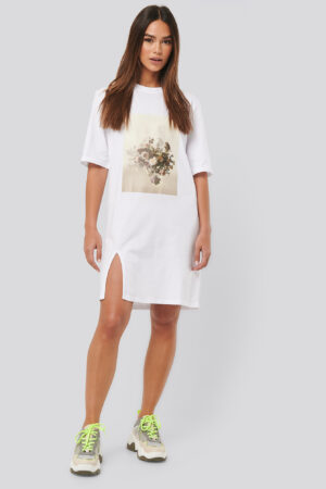 NA-KD Trend Printed Side Slit Tee Dress - White