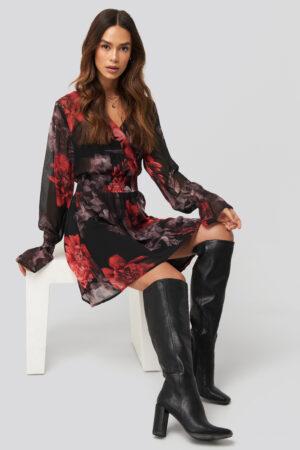 NA-KD Trend Smocked V-Neck Mini Dress - Black