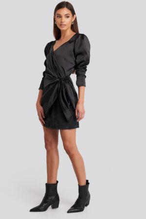 NA-KD Party Sweetheart Neck Wrap Dress - Black