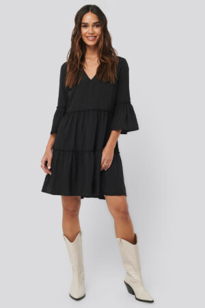 NA-KD Boho V neck Ruffle Dress - Black
