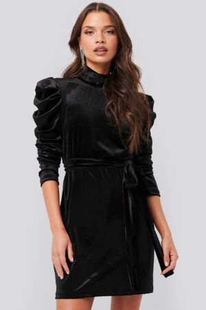 Tina Maria x NA-KD Puffy Sleeve High Neck Velvet Dress - Black