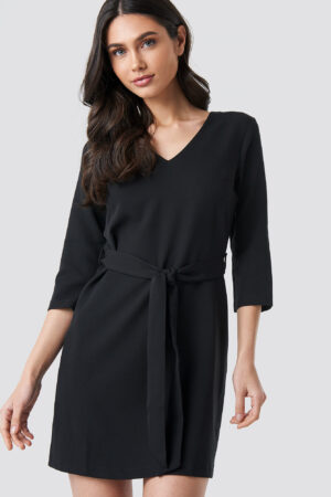 Trendyol Basic Belted Dress - Black