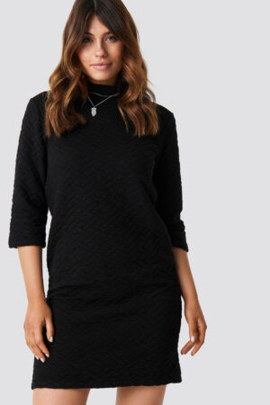 Trendyol Quilted Knitted Dress - Black