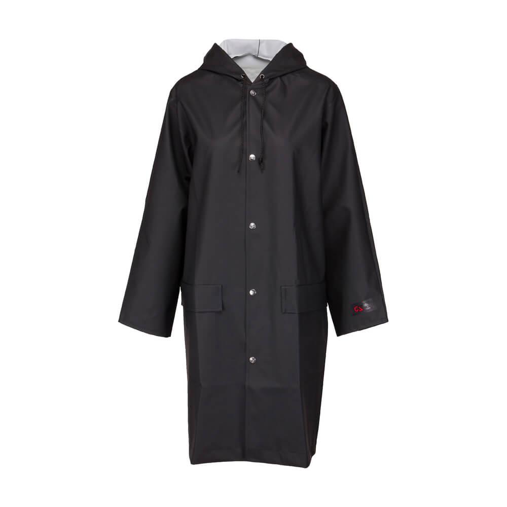 En praktisk svart regnrock i mjukt gummi från Garda of Sweden.