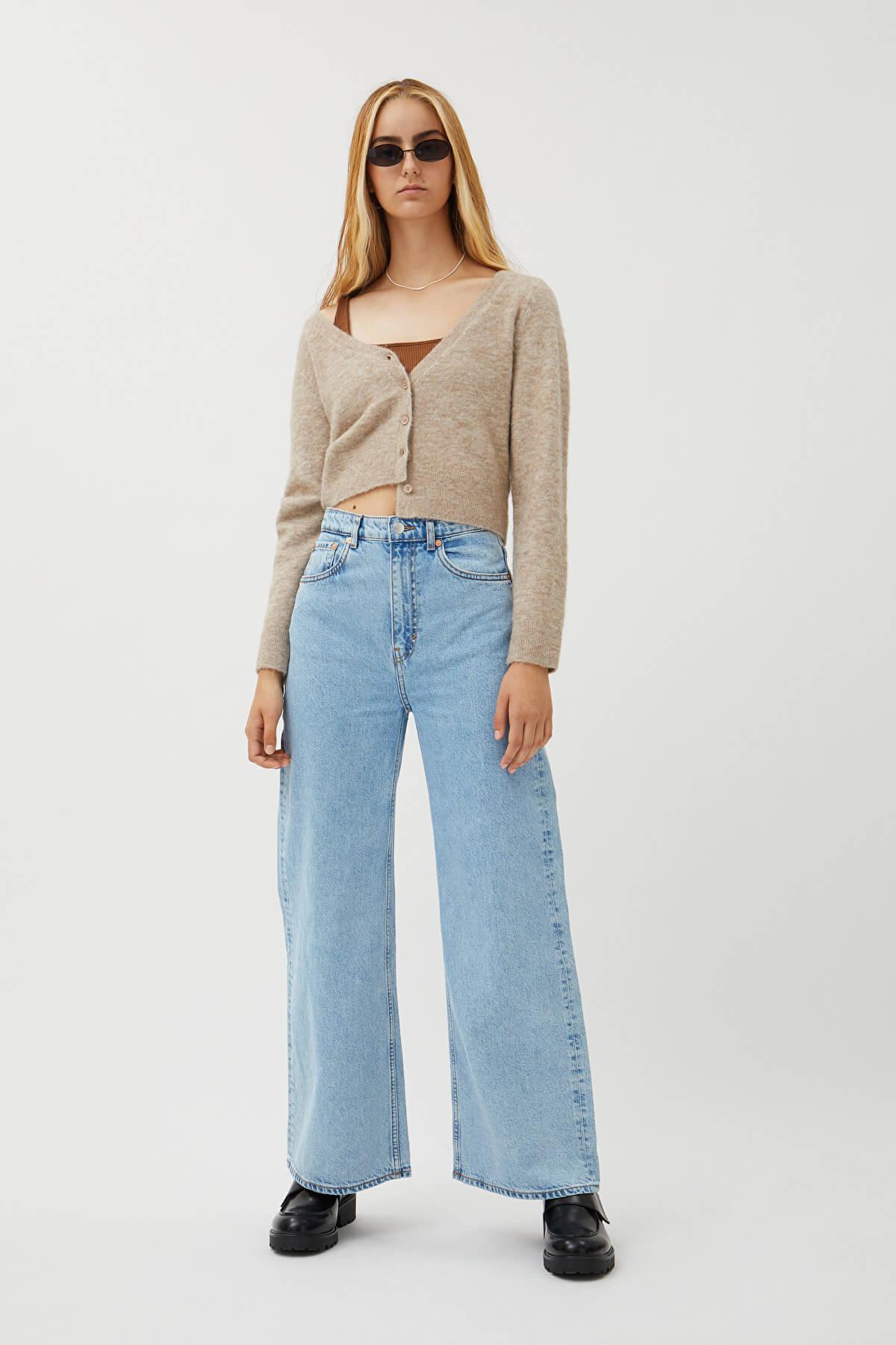 Höga vida jeans blåa