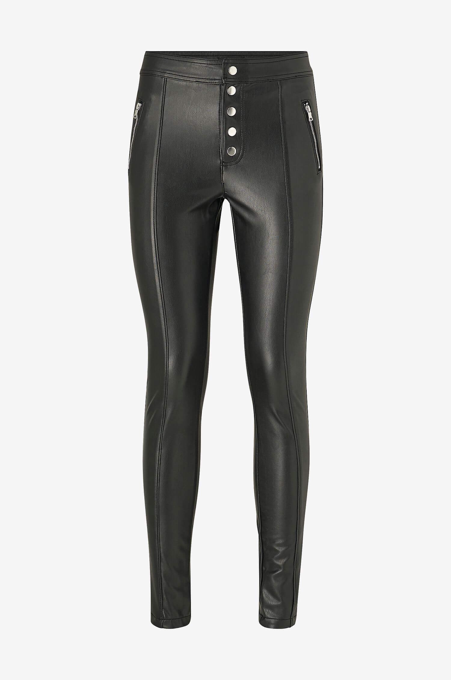 Svarta tighta skinnbyxor från Only med synliga silverknappar och dragkedjor.