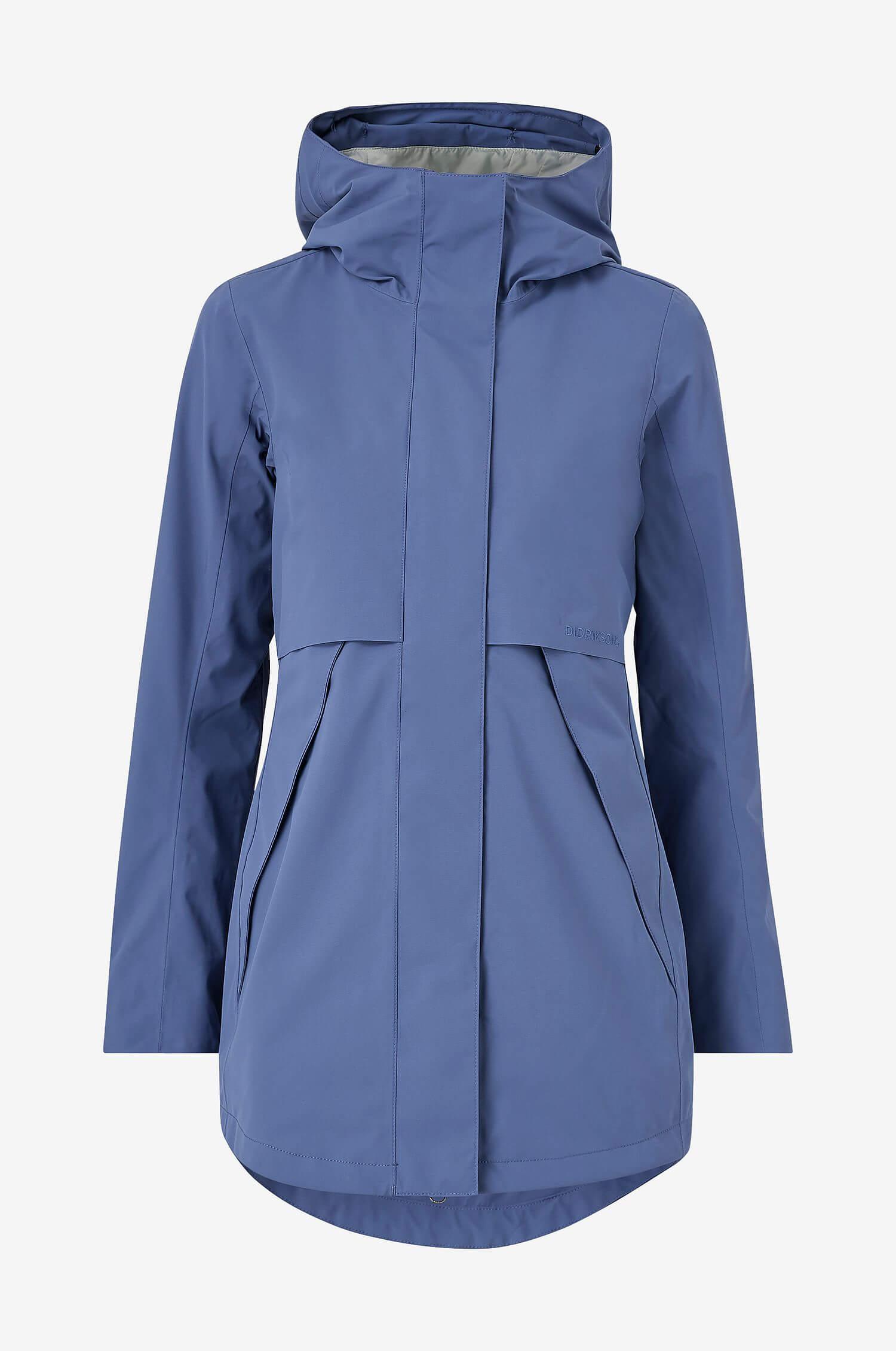 En blå regnparkas med fast huva från Didriksons.
