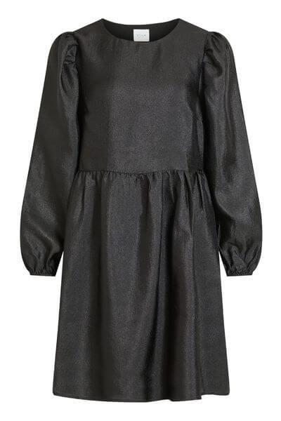 skimmrande svart klänning med balongärmar