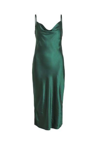 Skimmrande mörkgrön klänning 2020
