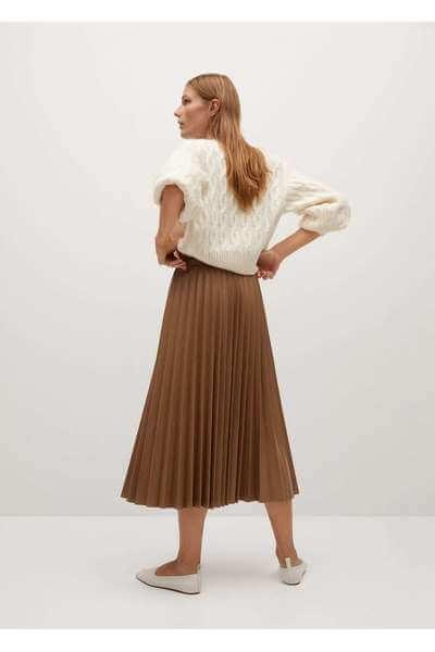 brun plisserad kjol