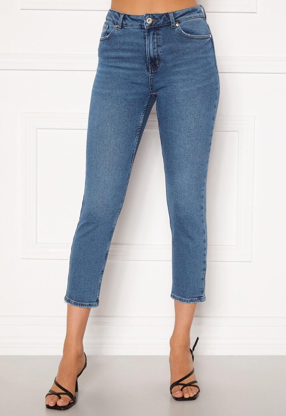 Klassiska jeans korta ben