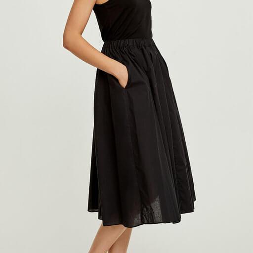 svart kjol fickor