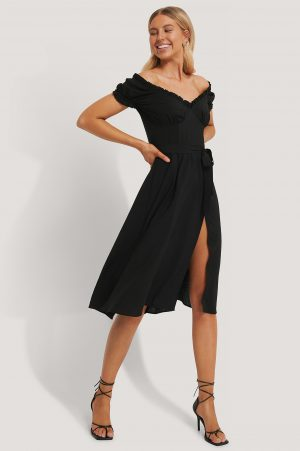 Chloé B x NA-KD Off Shoulder Midi dress - Black
