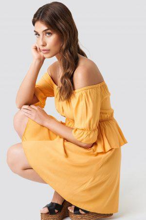 Debiflue x NA-KD Off Shoulder Frill Short Dress - Yellow
