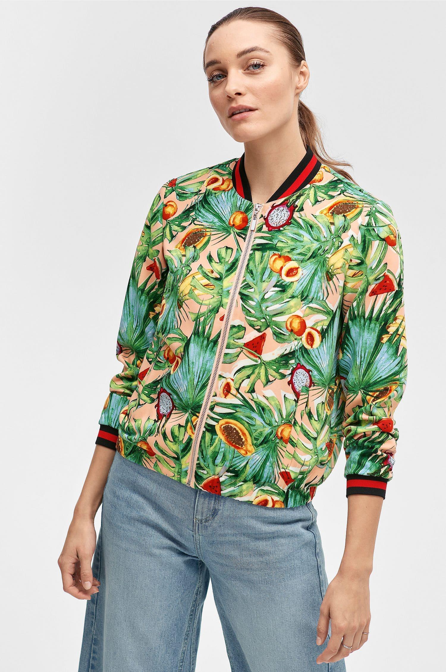 Bomberjacka för dam med färgglada blommor
