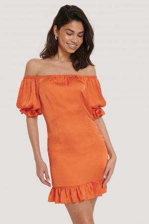 Hoss x NA-KD Offshoulderklänning Med Puffärm - Orange