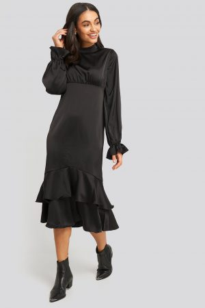 NA-KD Party Ballon Sleeve Gathered Midi Dress - Black