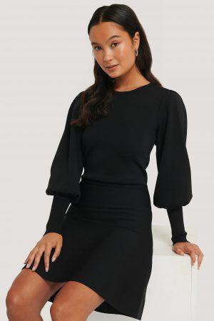 NA-KD Trend Stickad Klänning Med Ballongärm - Black