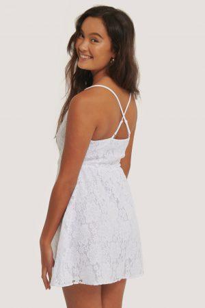 NA-KD Boho Spetsklänning Med Korslagd Rygg - White