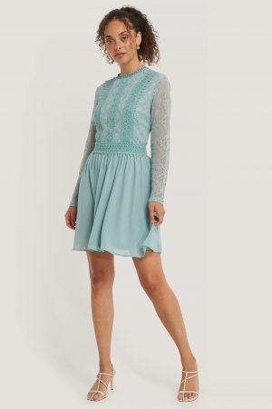 NA-KD Boho Lace Anglaise LS Mini Dress - Blue