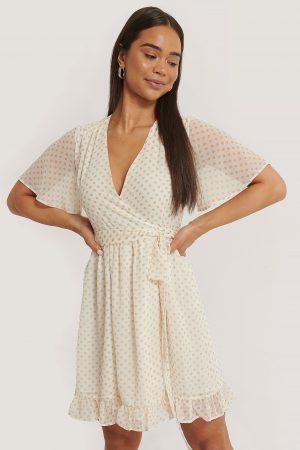 NA-KD Omlottklänning - White