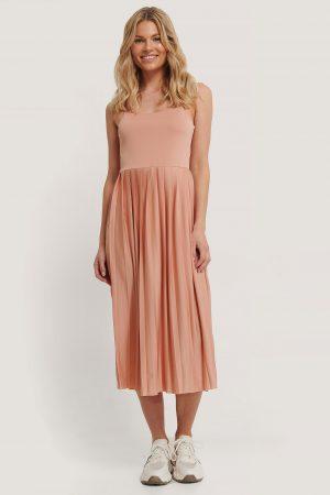 NA-KD Midiklänning - Pink