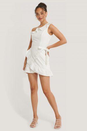 NA-KD Boho Miniklänning Med En Ärm - White