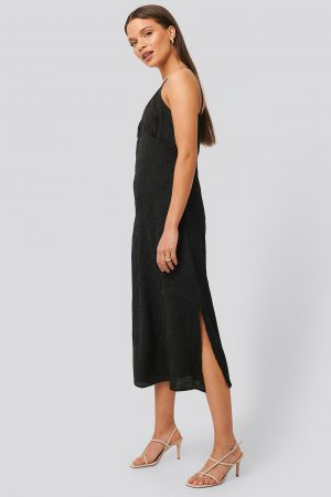 NA-KD Trend Satin Wrinkle Dress - Black