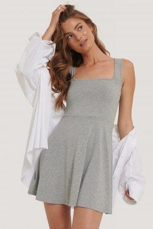 NA-KD Basic Ärmlös Miniklänning Med Fyrkantig Halsringning - Grey