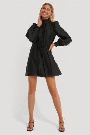 NA-KD Trend Structured Organza Gathered Mini Dress - Black
