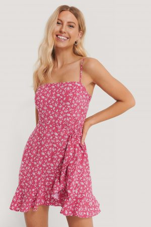 Pamela x NA-KD Reborn Miniklänning Med Knytdetalj - Pink