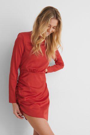 Paola Locatelli x NA-KD Recycled Miniklänning Med Axeldetalj - Red