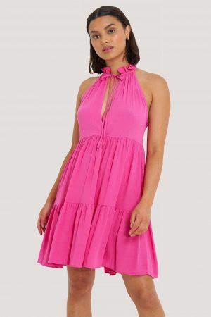 Trendyol Halterneckklänning - Pink