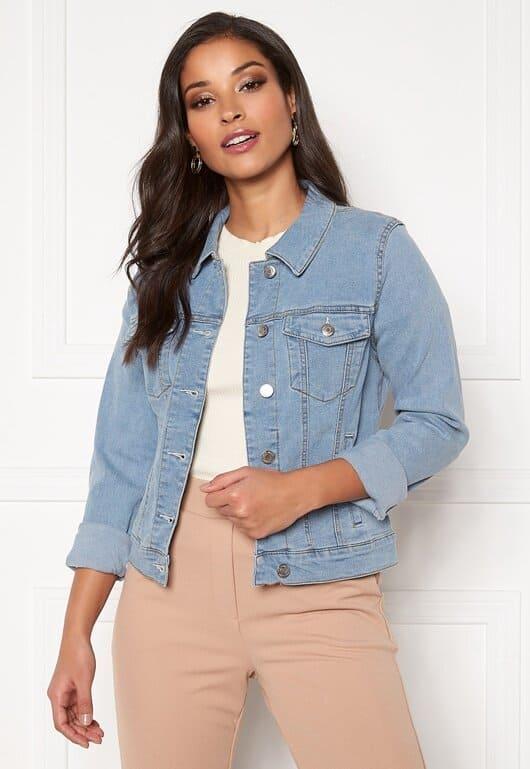 Ljus jeansjacka för dam