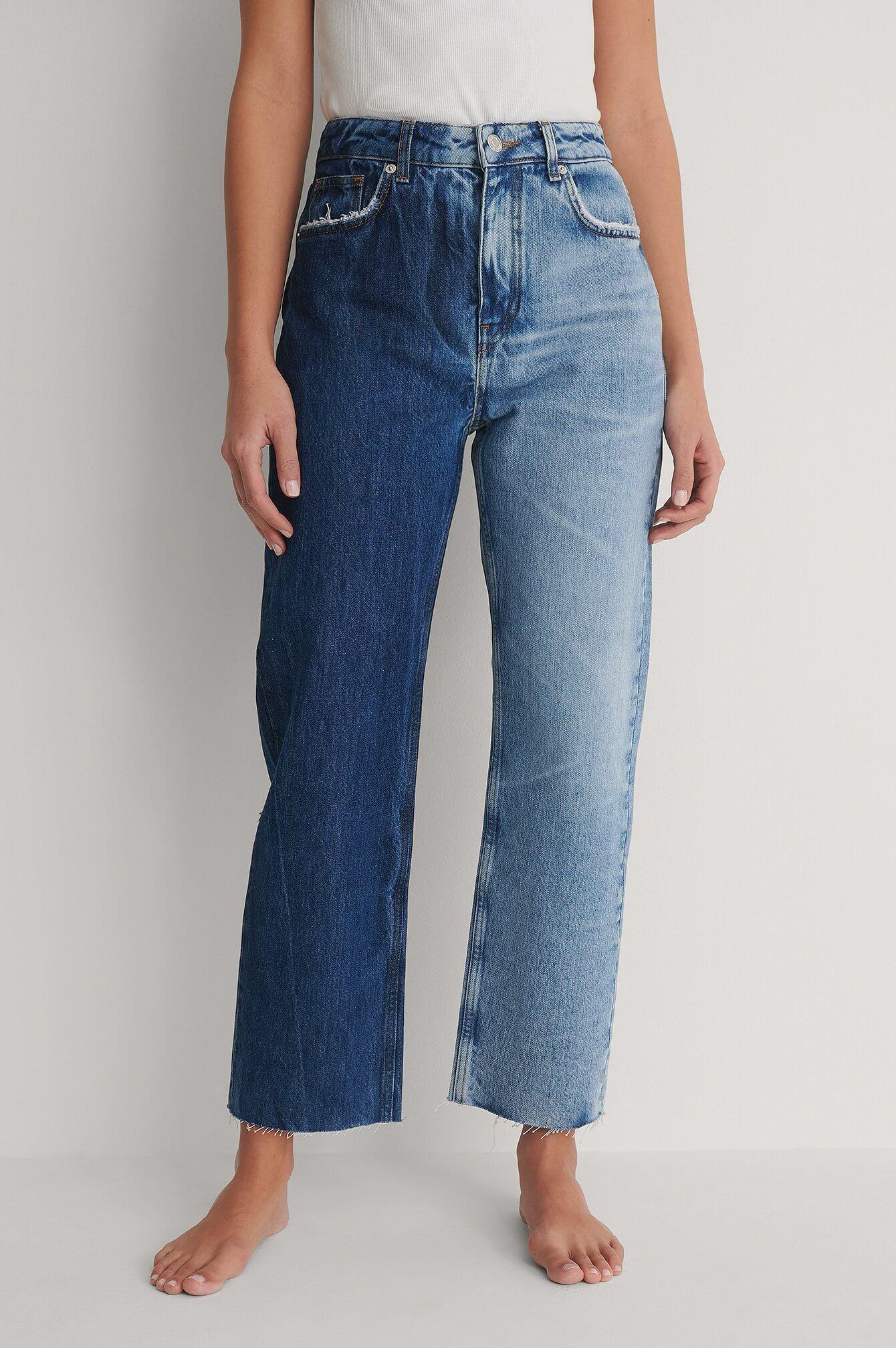 Raka jeans med tvåfärgsdesign från NA-KD.