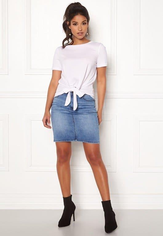 Kort jeanskjol för dam 2021