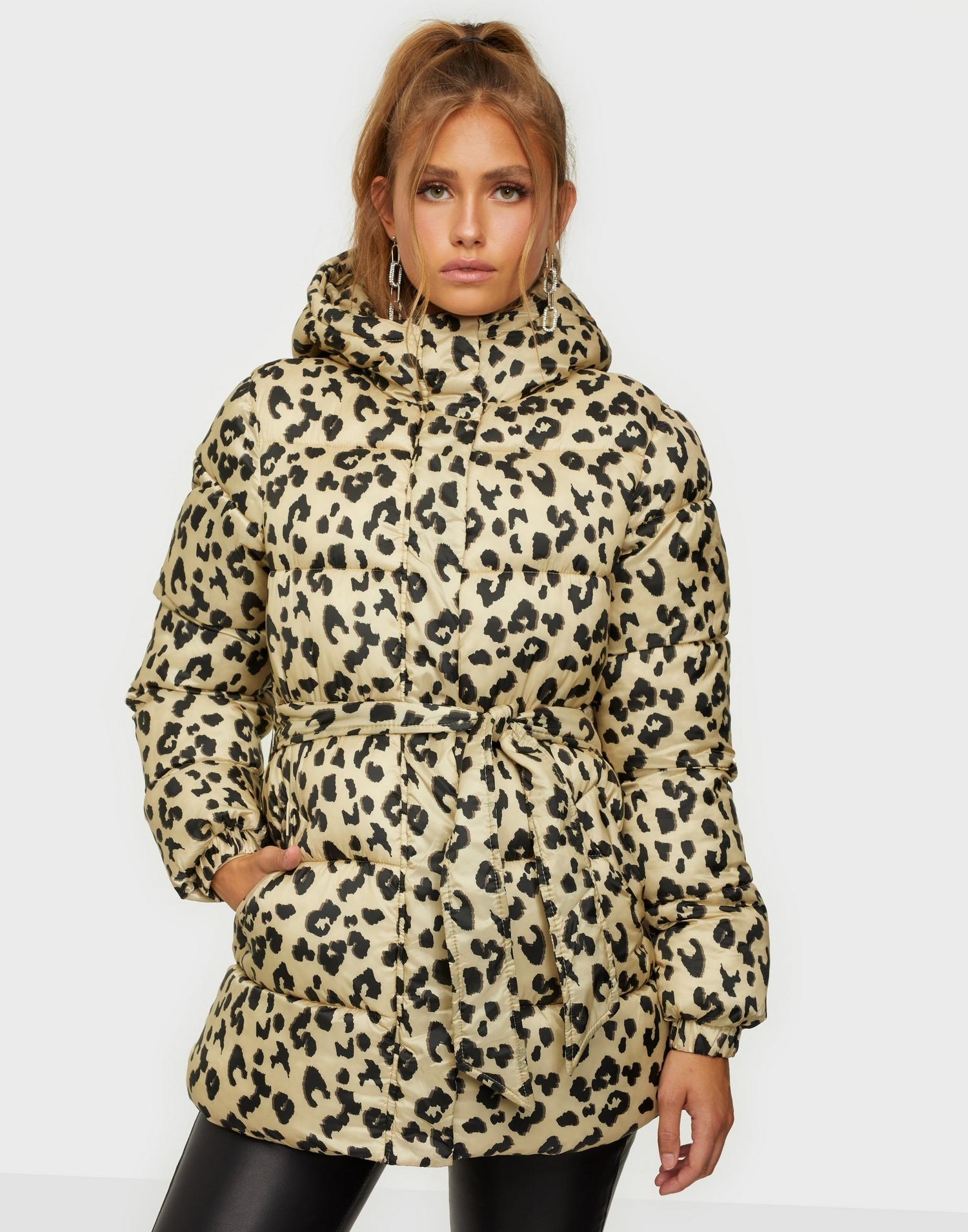 Leopardmönstrad jacka, vadderad