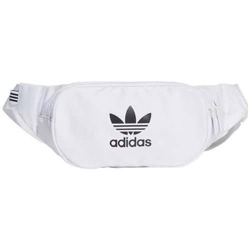 Vit magväska från Adidas 2021