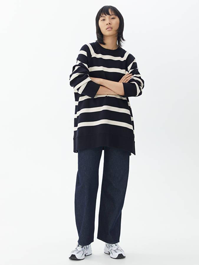 Oversized randig tröja av ekologisk bomull